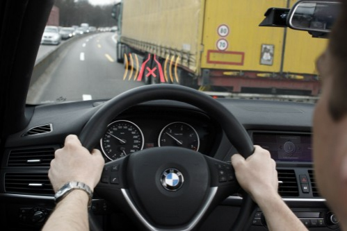 http://chrisescars.com/wp-content/uploads/2010/04/BMW-Narrow-Pass-Assistant-System-500x333.jpg